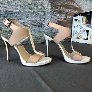 Michael Kors T-Strap Sandals Size 7